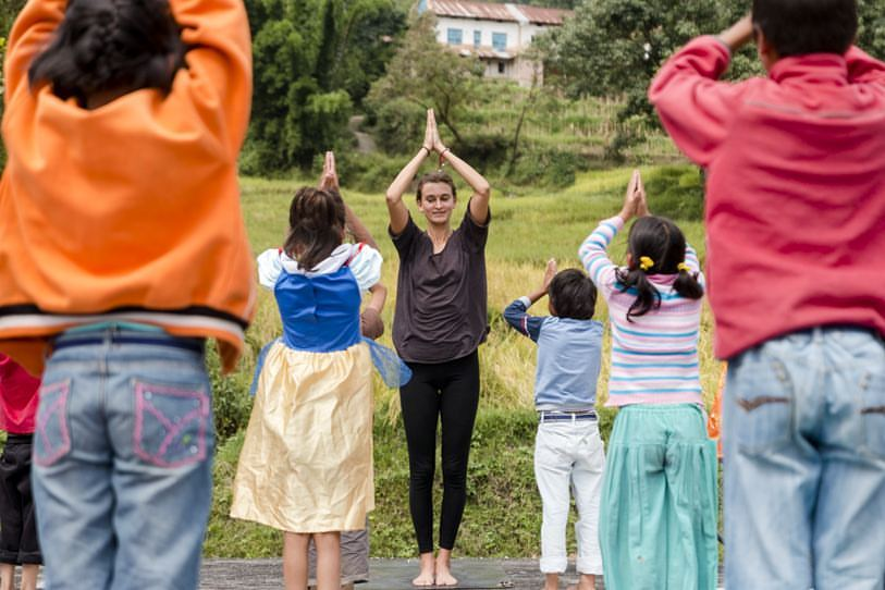 Lucie Cincinatis - Yoga with kids.jpg