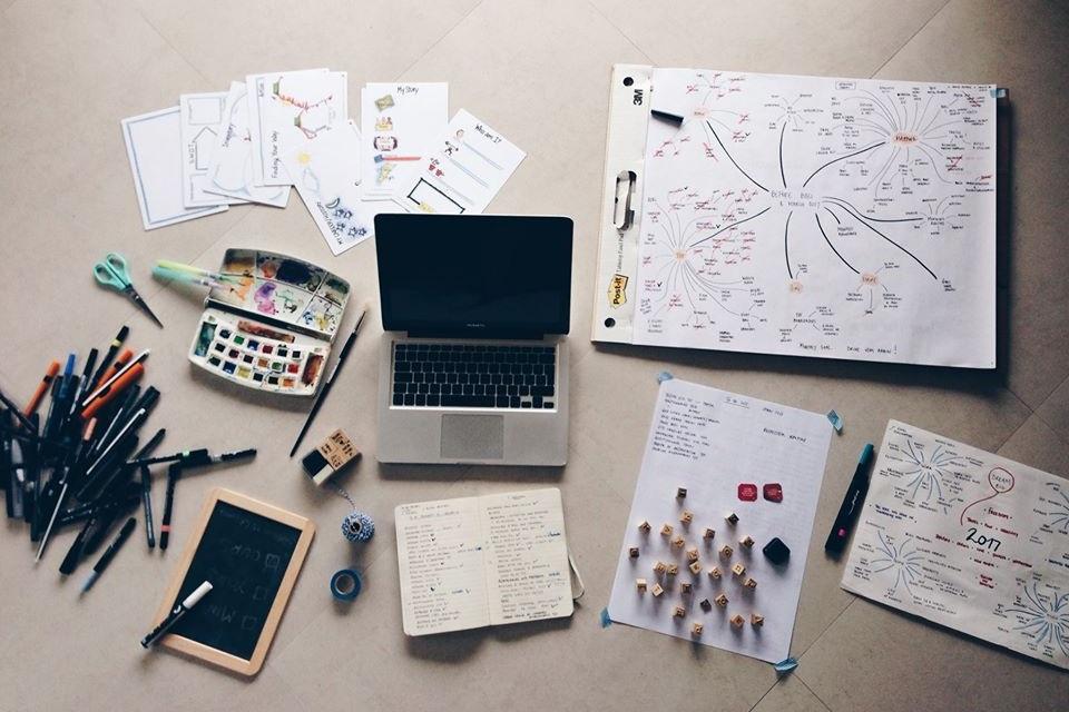 Light My Creativity - Une journée pour embrasser ta créativité    10AM-6PM - Français - INSPIRE COCOON - 100€   Une journée pour réveiller sa créativité autour de divers outils visuels tels que le MIND MAPPING, le CONCEPT MAPPING, le BULLET JOURNAL, le VISION BOARD et d'autres activités visuelles permettant de conceptualiser votre vie, vos objectifs et passions de manière fun et créative.    + d'infos