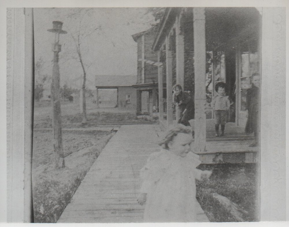 From http://www.freevilleny.org/galleries/old-freeville-photos/