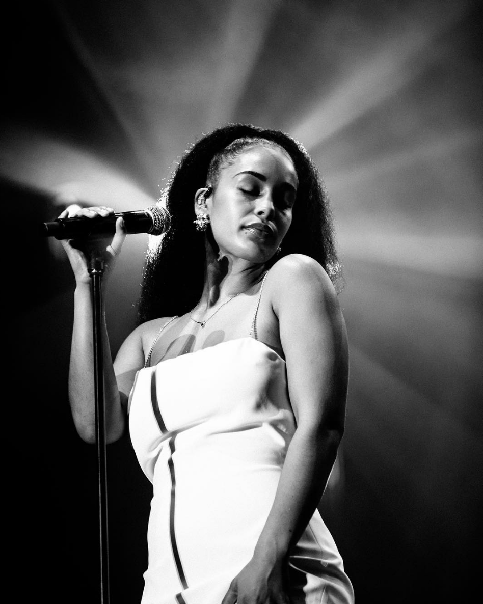 JORJA SMITH AT SOMERSET HOUSE (PHOTO: @ellingtonhammond)