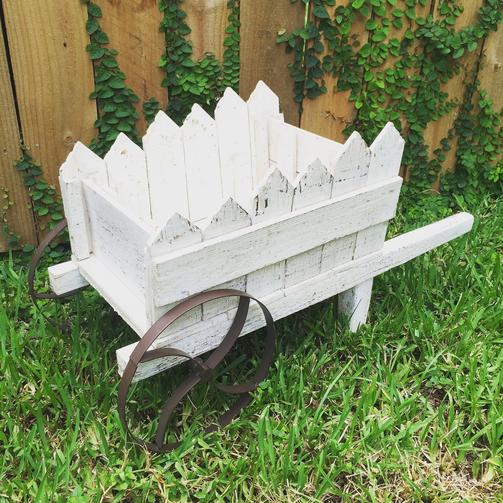 SMALL WHEEL BARROW