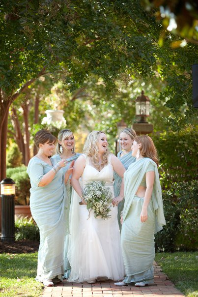 Kate and her bridesmaids on her October 2010 wedding day <3  Photo:  Laura Ashbrook Photography