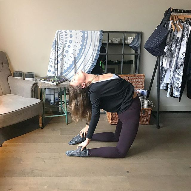 Started my day in sparkly socks with sparkly people teaching yin @hipandhealthy. Now for some beginners fun @indabayoga before I clock off for the weekend!