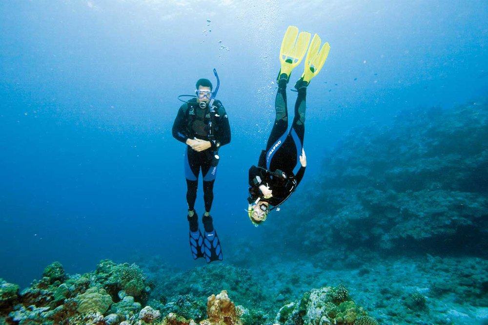 Instructors playing buoyancy games