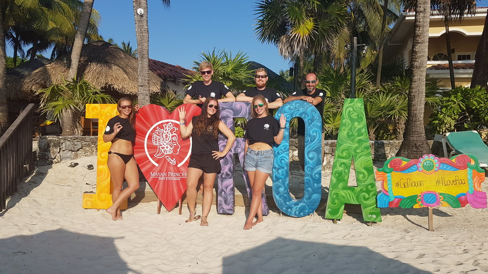 Successful IDC candidates after the PADI instructor exam