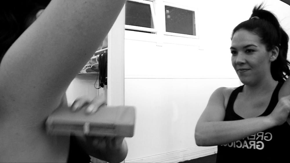 Deodorant in studio_00000.png