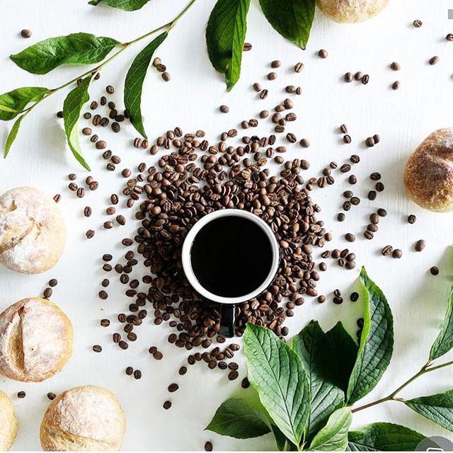 Wednesdays: powered by coffee. 📸: @olisarig⠀ •⠀ •⠀ •⠀ •⠀ •⠀ #HealthCrawl #coffeeislife #vancouverlife #eastvan #coalharbour #myvancouver #mygastown #gastown #vancouverhealth #yvrfitness #vancitybiz #vancityhype #vancitynow#yvrfoodie #vancitycoffee #vancitybuzz #dailyhivevan #yvrevents #holisticvancity #vancouverevents #smallbusinessbc #vancouverblogger #vancouverwellness