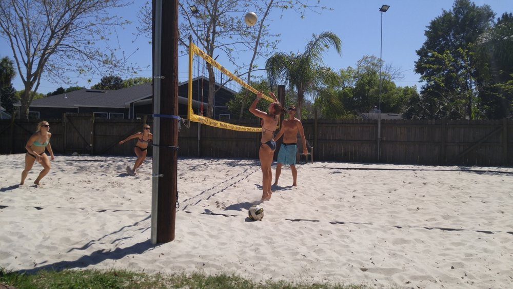 UNF Beach volleyball trains with JBVB