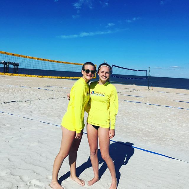 Happy Easter!!! 🐣 Hope you are having as much fun as these two today!!! Congrats to Reed and Ava for competing and placing 2nd yesterday in women's A at the local FCVA tour! 🏐. #beachvolleyball #beachvb #sandvolleyball #jbvb #letsgoooo #staugbeach #windplayers #trainwithkent #jaxbeachvb