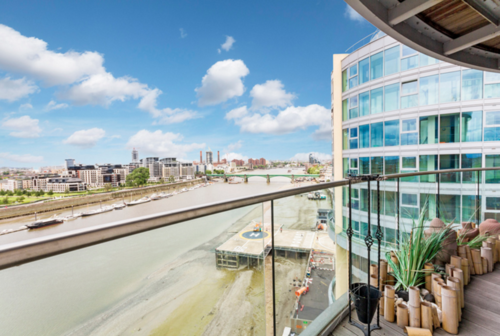 Two Bedroom Flat with a View, Battersea -