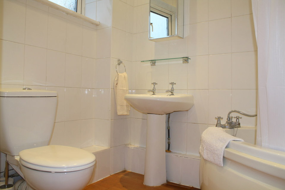 Two bedroom flat-3.jpg