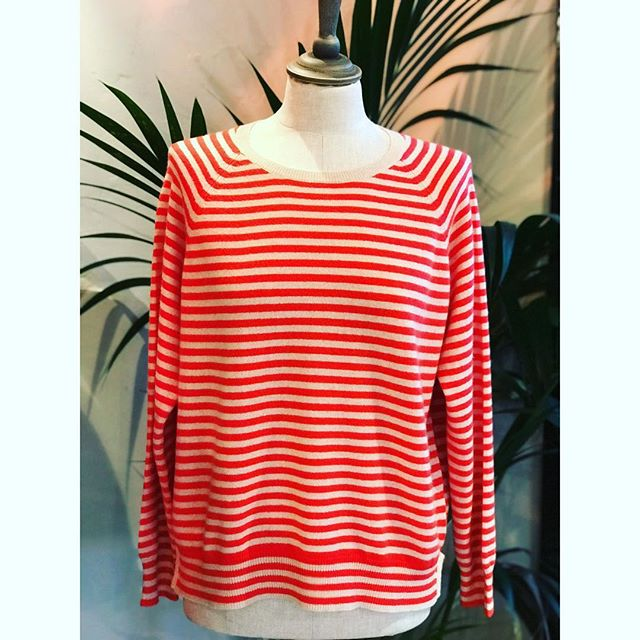 We are in love with our new stripey cashmere #geraniumred #relaxed #stylish #greatwithjeans #getyoursnow #ourdesign #bibiandmacbespoke #valentinesgifttoyourself❤️