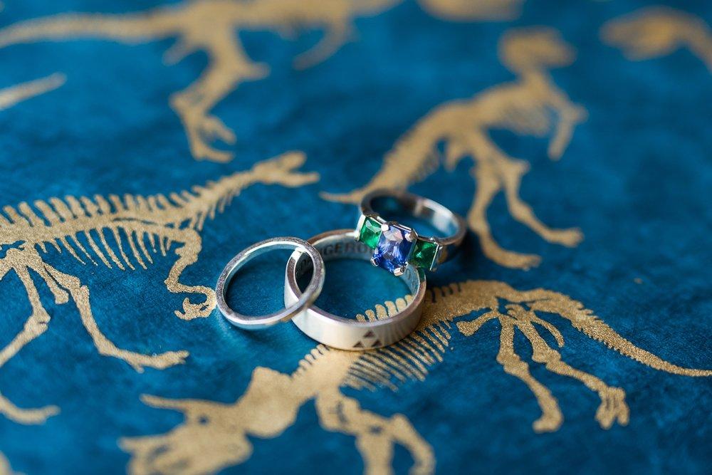 memphis-dinosaur-wedding_0001(pp_w1530_h1021).jpg