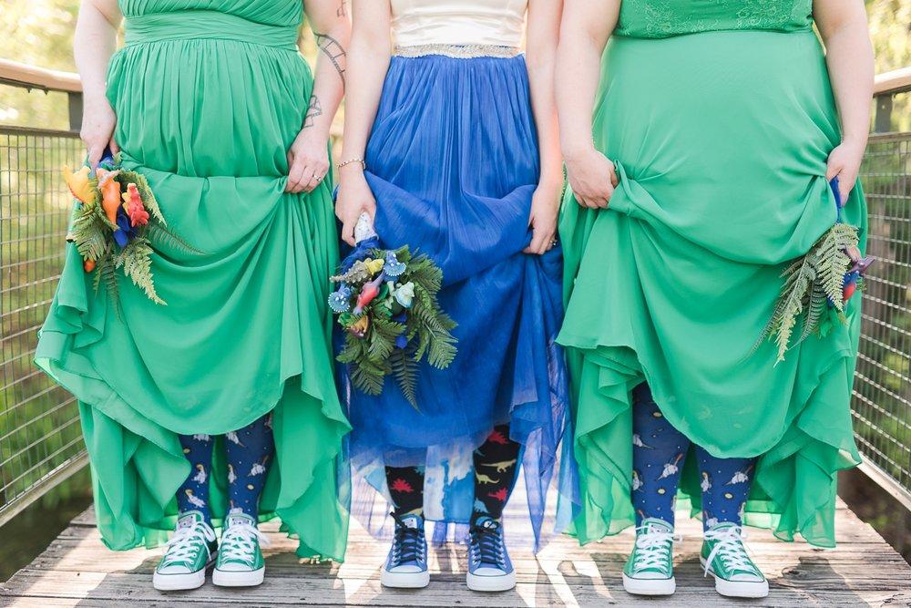memphis-dinosaur-wedding_0016(pp_w1530_h1021).jpg