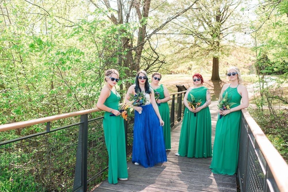 memphis-dinosaur-wedding_0017(pp_w1530_h1021).jpg