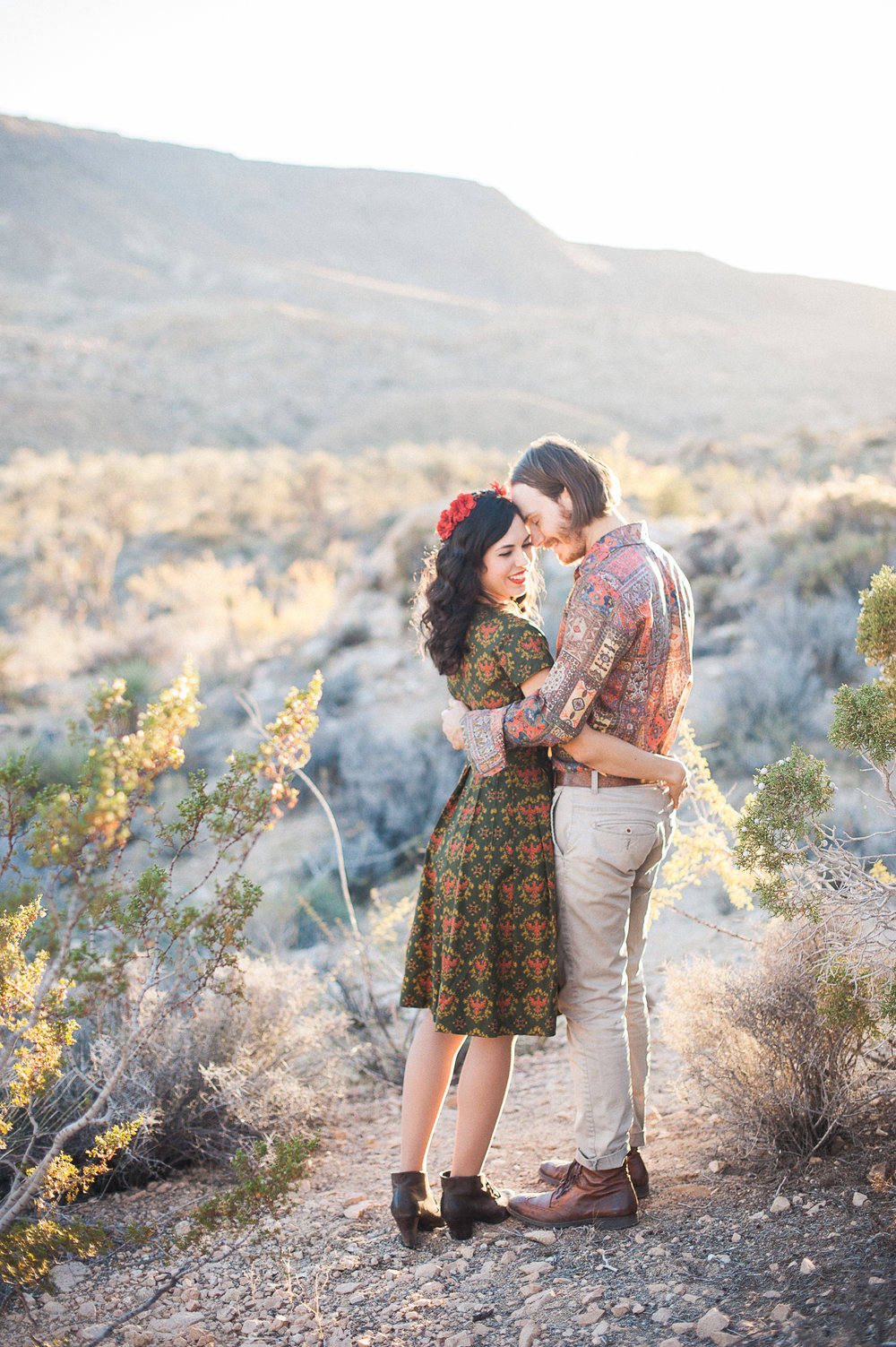 hipster-joshua-tree-engagement-photography-los-angeles