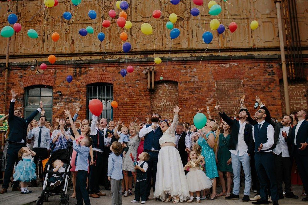 wedding-2245527_1920.jpg
