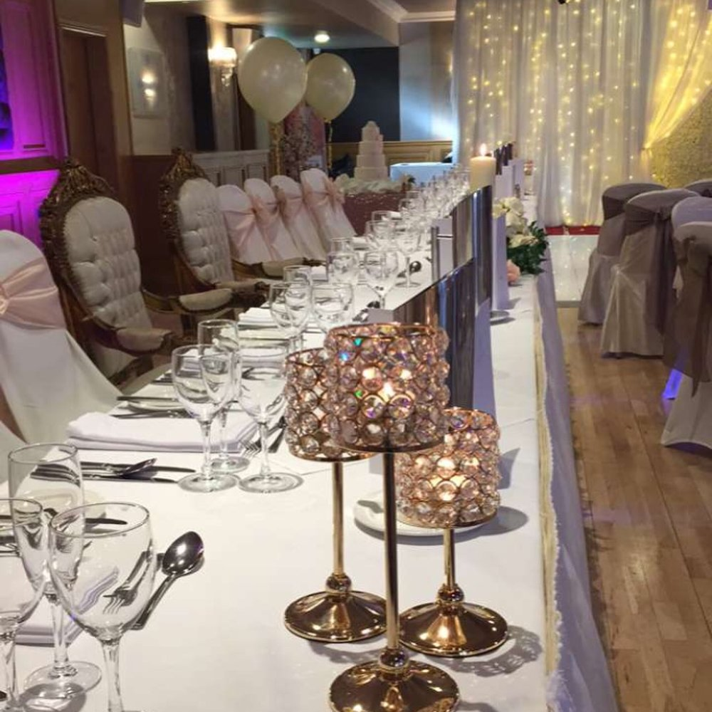 Top Table set up at Ballyliffin Lodge - Thrones included as part of their one wedding a day package