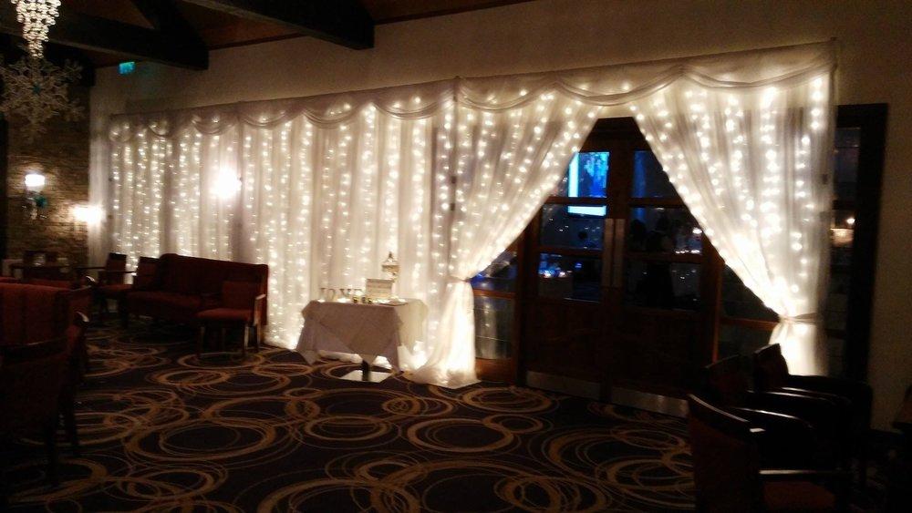 Fairy light backdrop Silver Tassie hotel .jpg