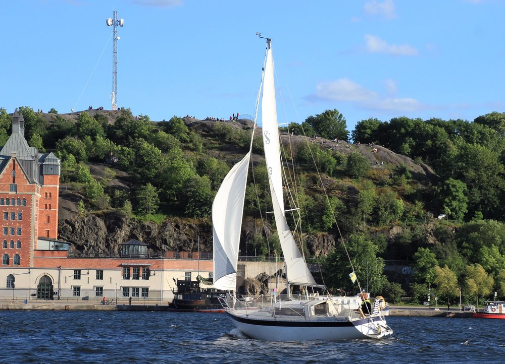 Sailing With a View of Sodermalm