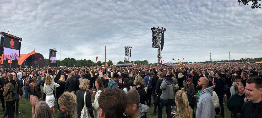 Phlake crowd