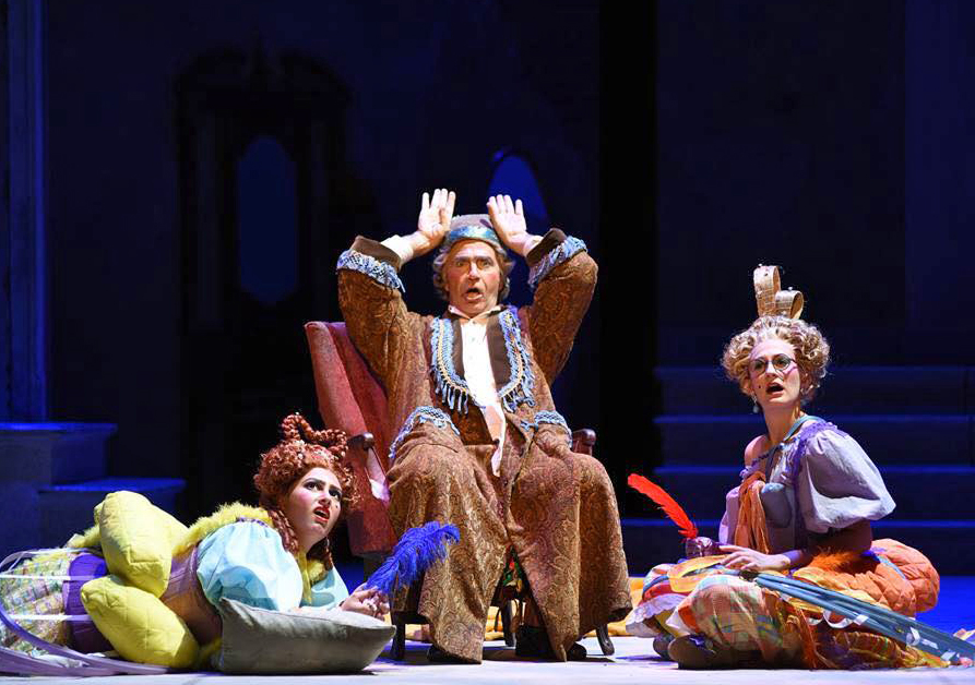 La Cenerentola  at Arizona Opera. Photo by Tim Trumple.