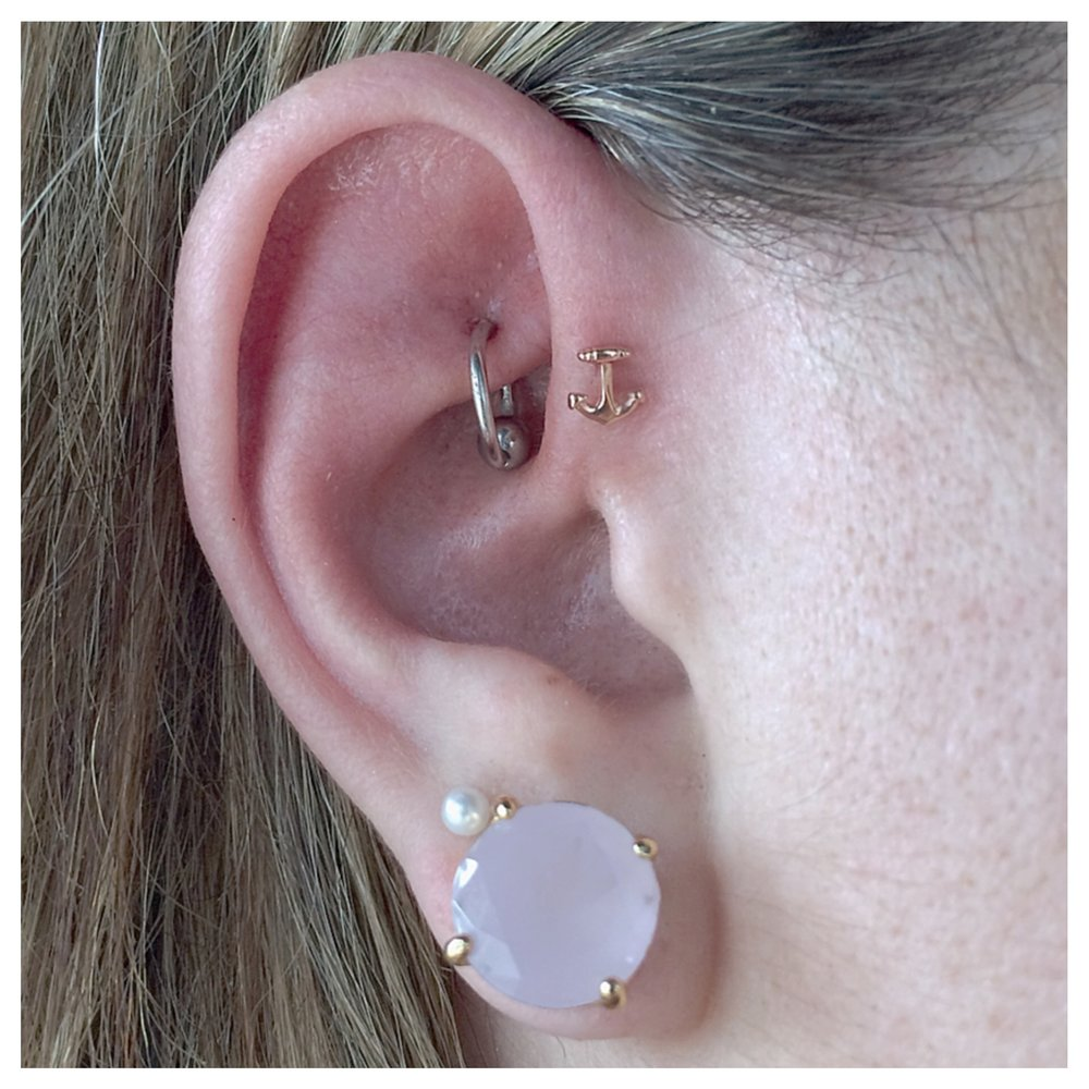 forward helix anchor.JPG