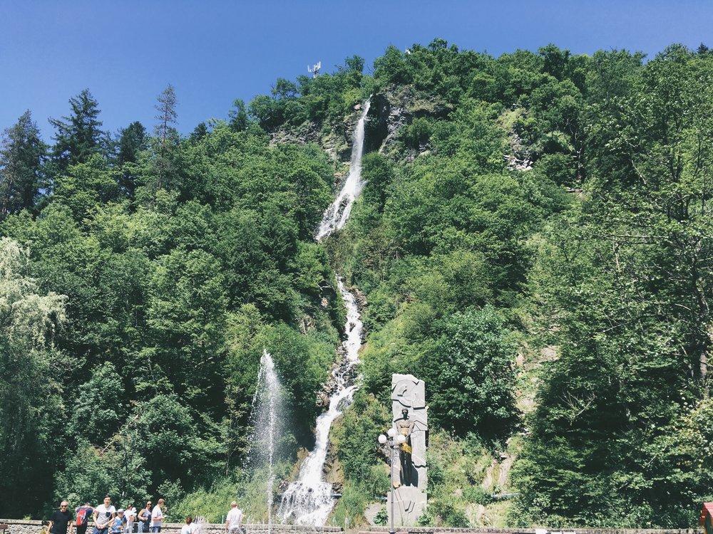 10 сентября - Ранняя кукушка из БоржомиПикник в БакурианиСерные ванны на открытом воздухеЕдем в Цхалтубо в СПА