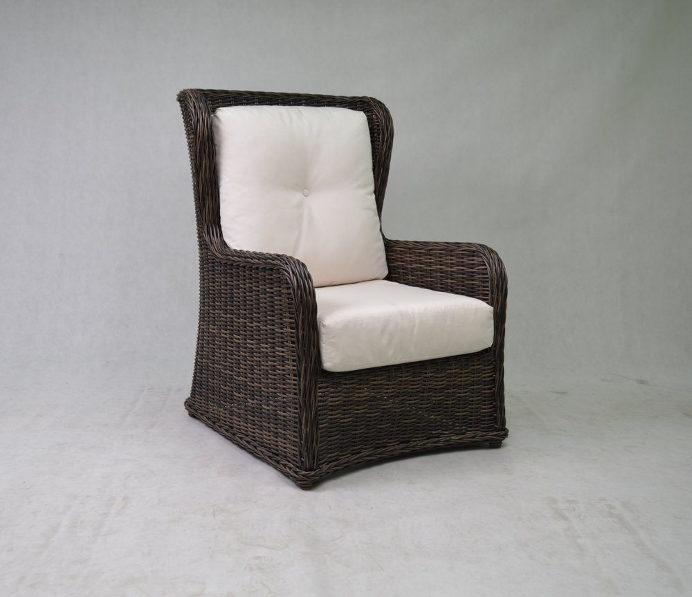 996030 Greenville Traditional Wing Back Chair