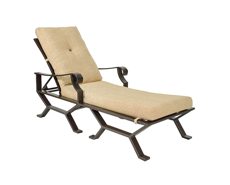 "974752 Sonoma Cushioned Single Chaise   31.1"" x 76.8"" x 23.8""  (Image Incorrect BOX WELT)"