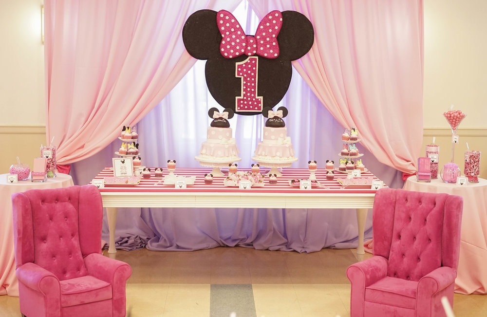 Minnie's Bow-Tique //  1st Birthday Party