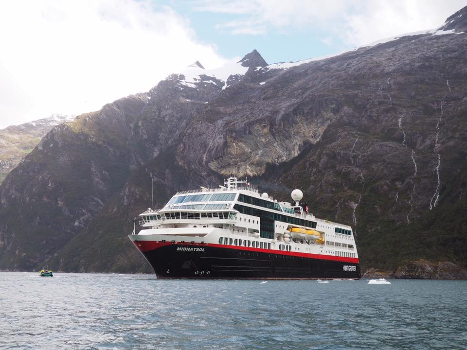 Our Honeymoon Cruise to Antarctica - 16 Days in Patagonia and Antarctica - Part 1 @Hurtigruten