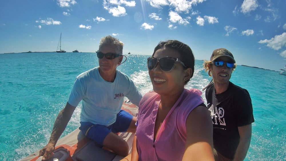 "DAY 21: Sailing to Big Major Cay (""Pigs Island"") and a Dinghy ride to Staniel Cay"