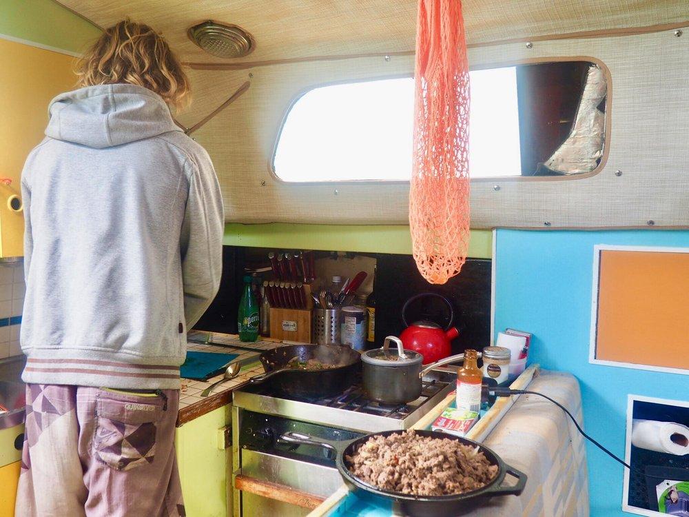 Sailing Life Day 35: Full Moon and Black Saturday in The Bahamas ⛵️