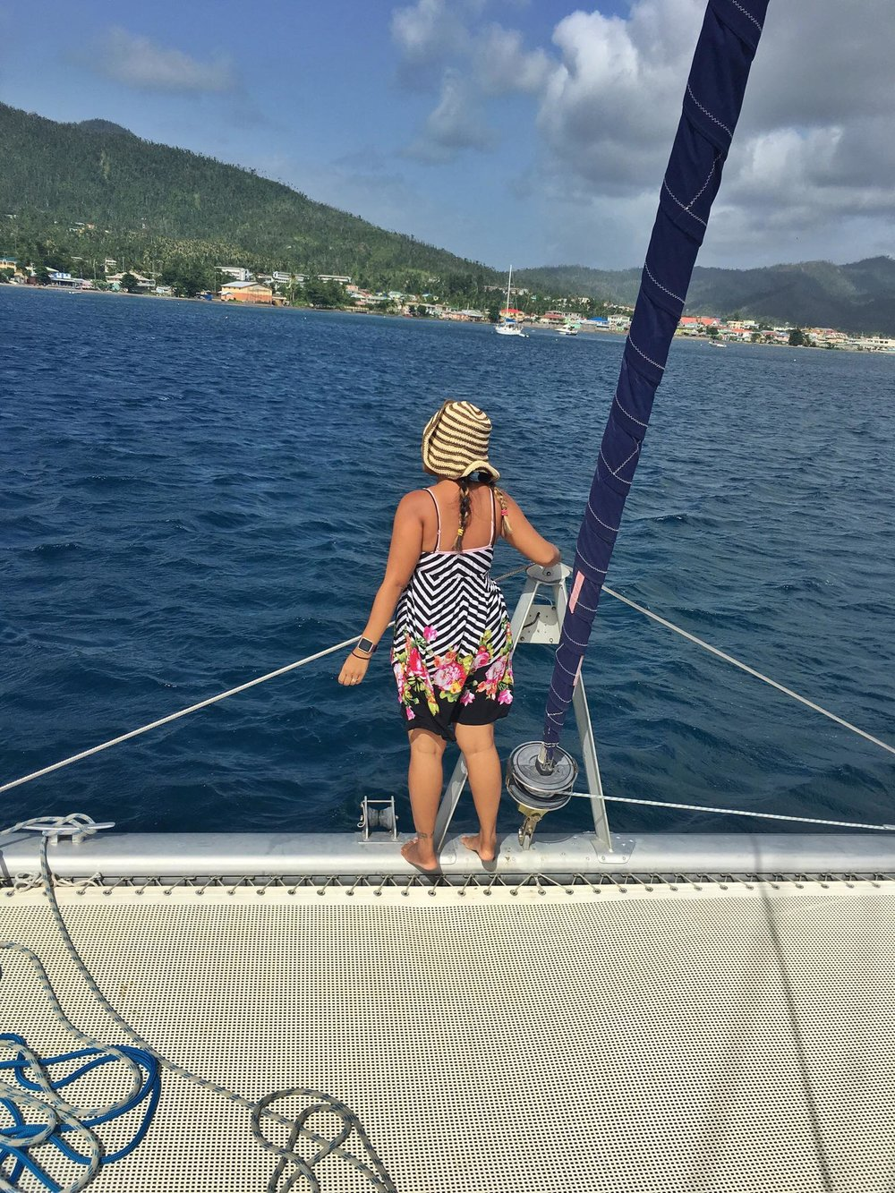 Kach Solo Sailing Adventures: Solo Trip (without Jonathan) Crossing from Martinique to Dominica (country #103)⛵️🏝🌞