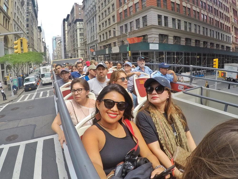 Kach Solo Travels Day 2: Bus and walking Tour in Manhattan 🚌✔️