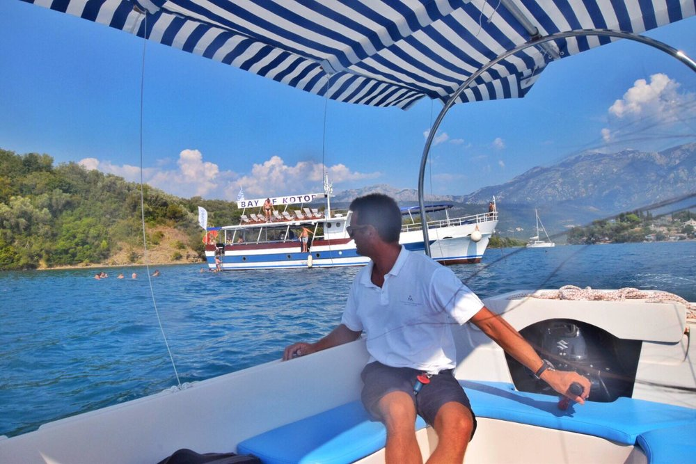 Kach Solo Travels Day 10: Boat Tour, Kayak and SUP Paddleboarding in Herceg Novi, Montenegro!⛵️