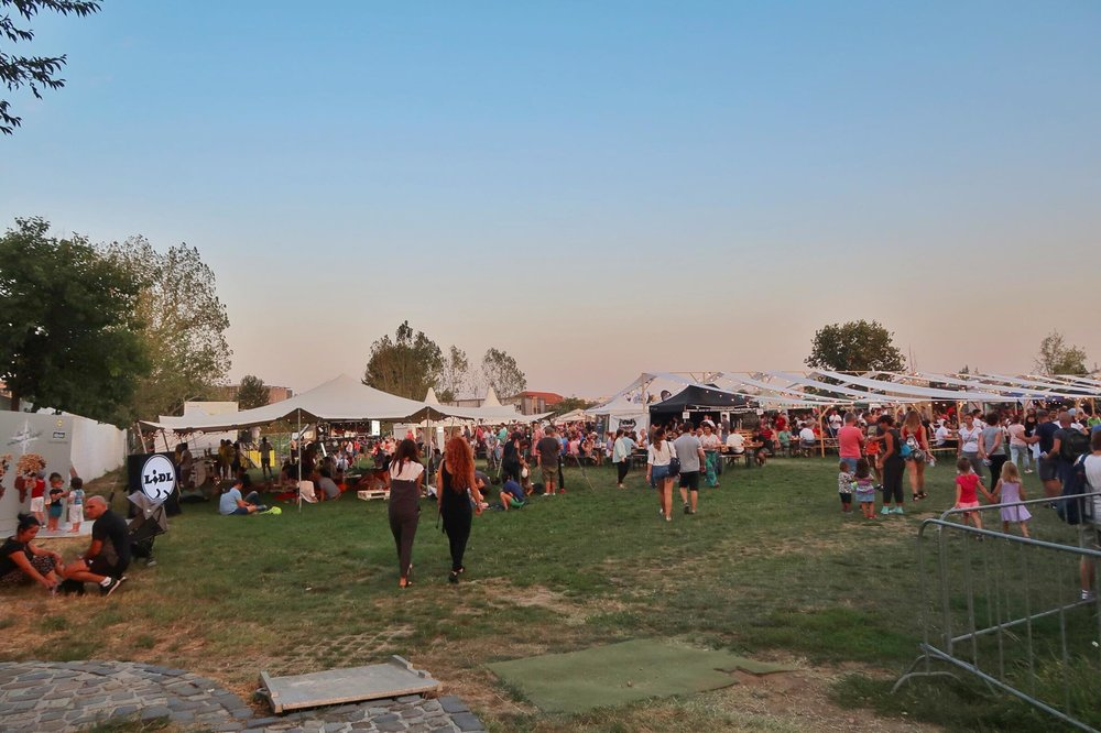 Kach Solo Travels Day 19: Sunday Fun- Attending the Craft Beer Festival in Bucharest, Romania