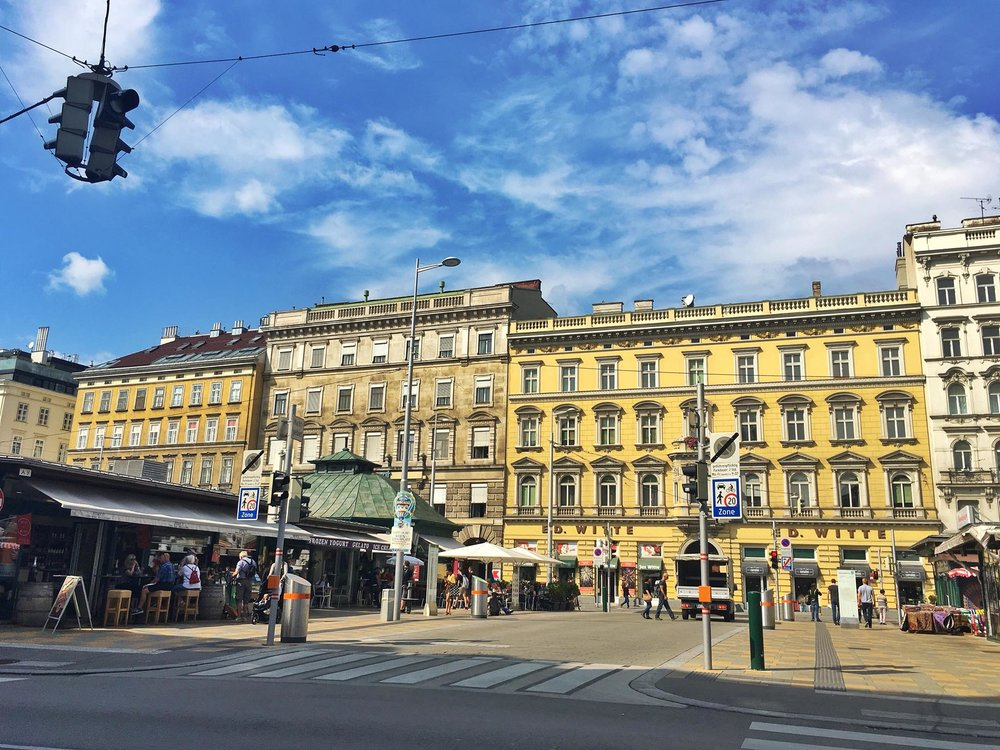 Kach Solo Travels Day 35: Arrived in Vienna, Austria! 2 nights Stopover on my 112th country!