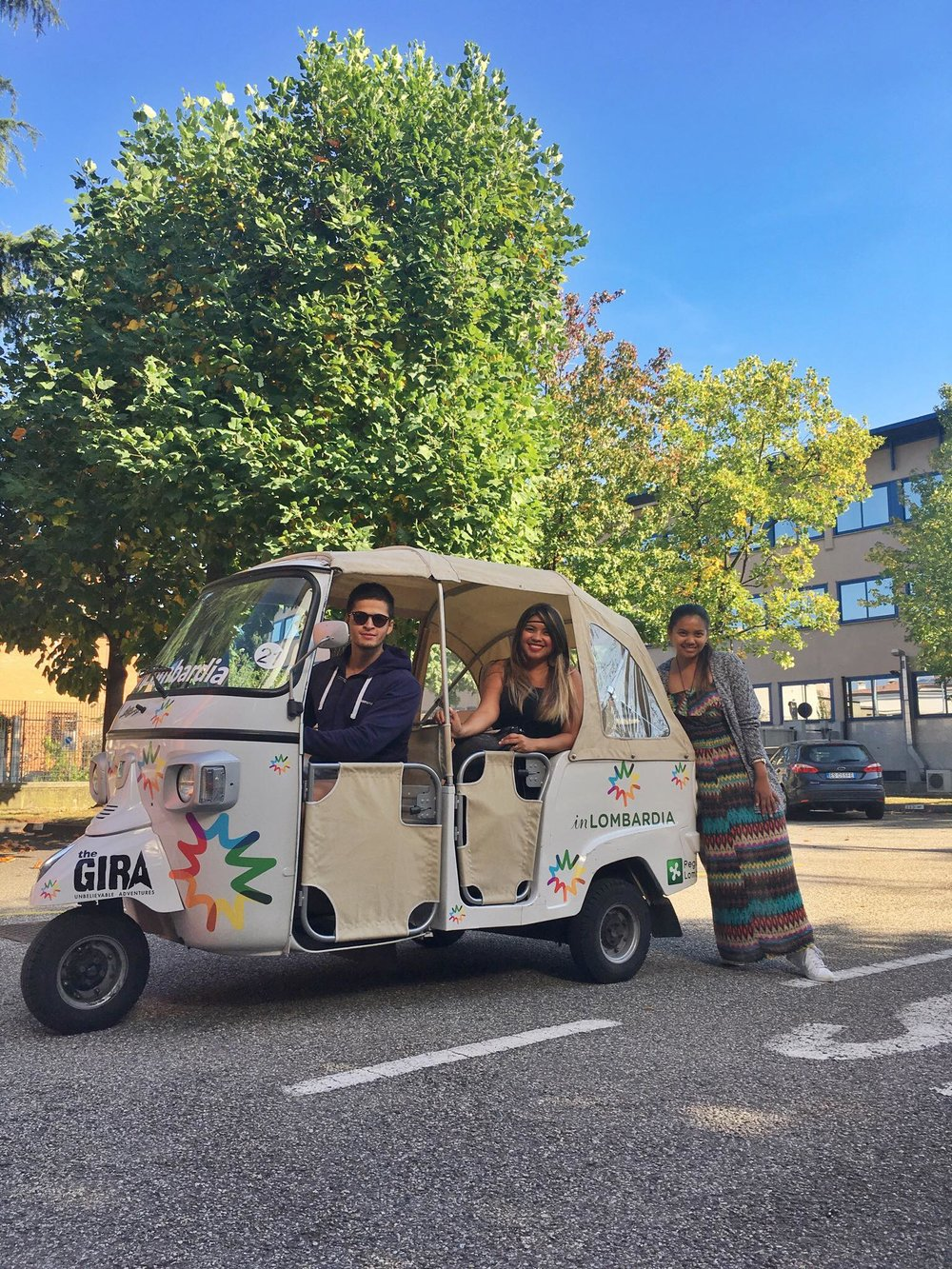 Kach Solo Travels Day 48: Reunited with Krista and Kees for a 4-day Tuktuk Roadtrip in Lombardy Region, Italy