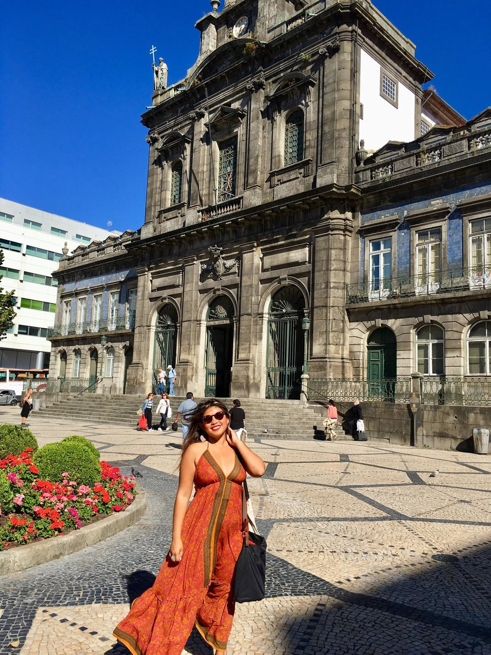 Kach Solo Travels Day 54: Arrived in Porto, Portugal last night ❤️ My 118th country! 🙏