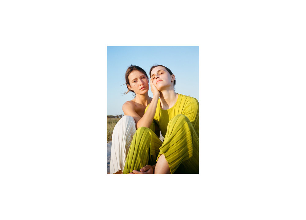 Danielle_Alprin_Commercial_Book7.jpg