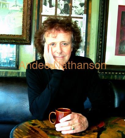 Donovan Cafe Vesuvius.jpg