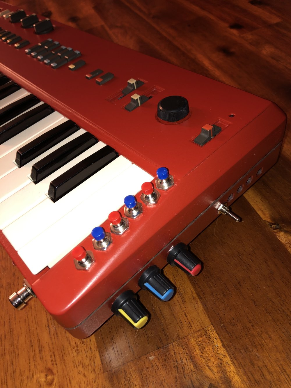 Red Casiotone MT-68 with Bends