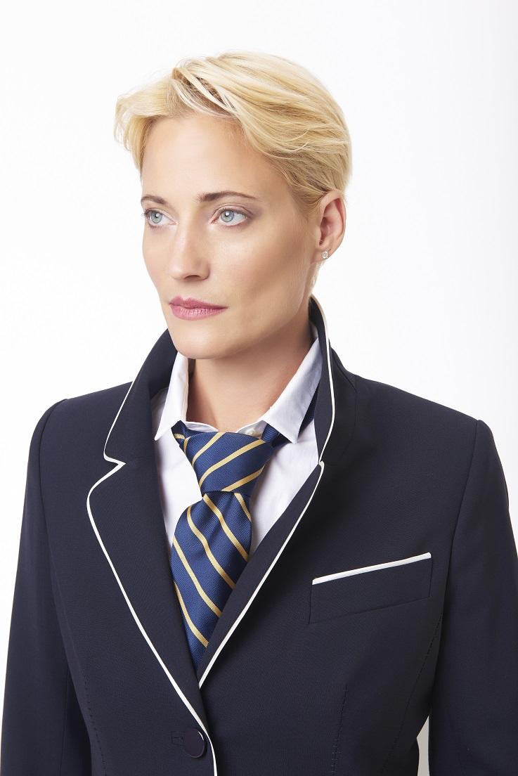 Navy+and+white+blazer+with+tie,+close+shot.jpg