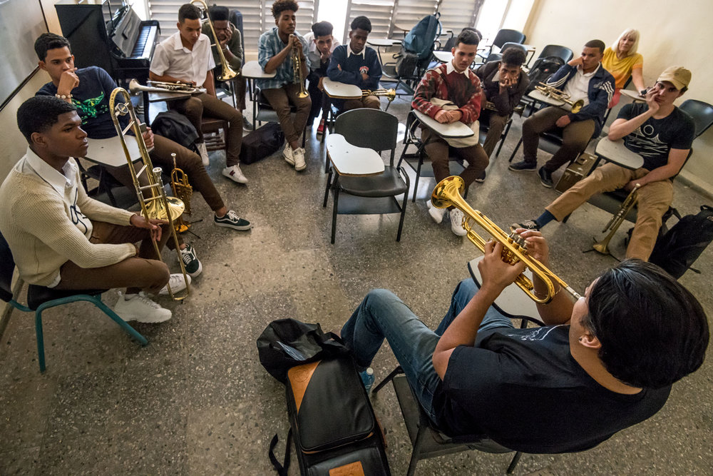 Mike Rodriguez teaching brass students at Escuela Nacional de Arte (La ENA), Havana, Cuba, January 2019 (Photo by David Garten)