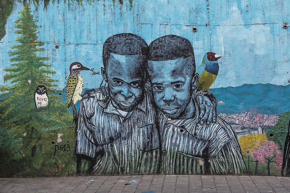 graffiti-1849857_1920 (1).jpg