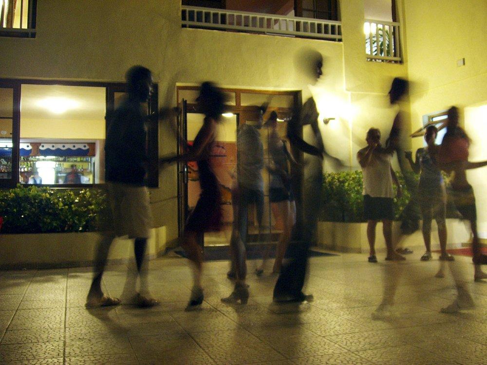 dance-378277_1920.jpg