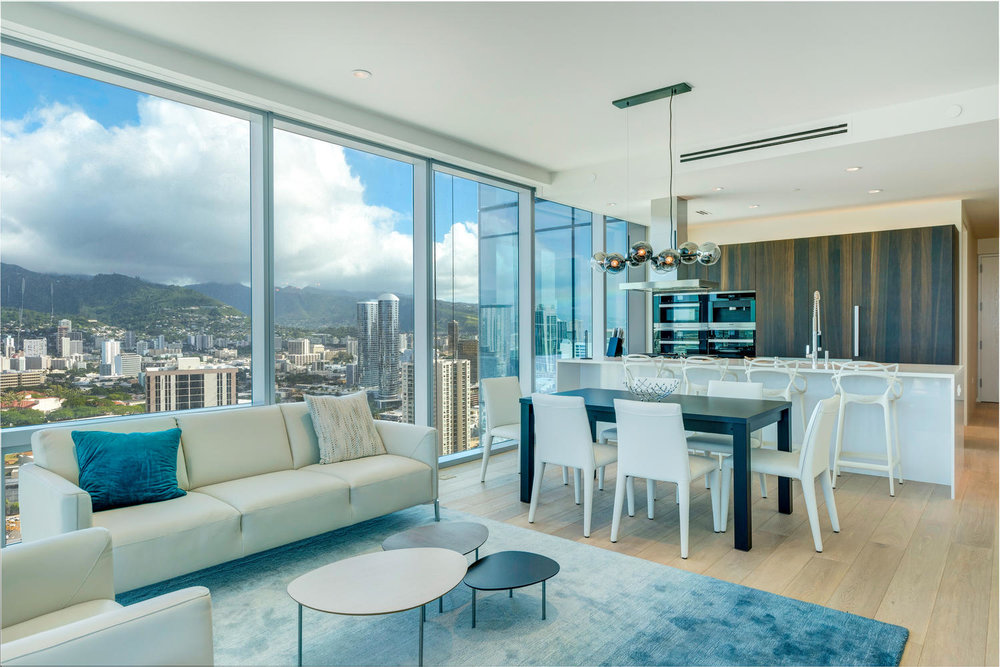 2 BDS OCEAN/SUNSET LUXURY ON THE 28TH FLOOR / RENTED  2 BEDROOMS / 2 FULL BATH / 1,468 sq. ft.