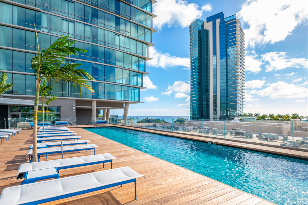 1 BD LUXURY ON THE 27TH FLOOR /  RENTED   1 BEDROOMS / 1 FULL BATH / 692 sq. ft. / VIEW - MOUNTAIN / UNFURNISHED